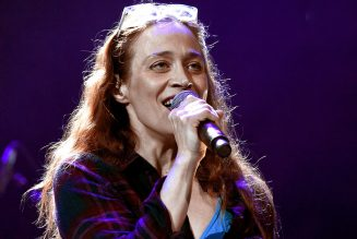 Fiona Apple Performs 'Fetch the Bolt Cutters' Songs at 2020 New Yorker Festival: Watch