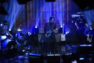 Jack White Performs 'Lazaretto' and 'Ball and Biscuit' on SNL