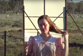 """Julia Jacklin Unveils New Songs """"to Perth, before the border closes"""" and """"CRY"""": Stream"""