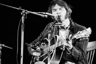 Neil Young to Release Bottom Line 1974 Concert Bootleg