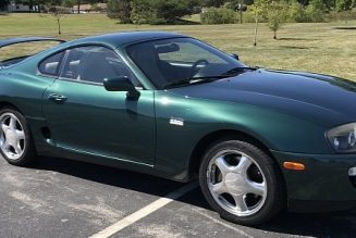 One-Owner 1997 Toyota Supra Turbo Looks Great in Green