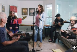 Patty Smyth Performs With John McEnroe and Friends on Lullaby Sessions