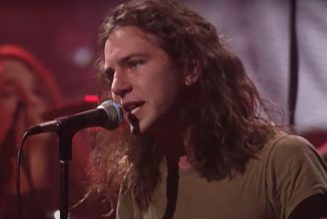Pearl Jam Release Full MTV Unplugged Performance on YouTube: Watch
