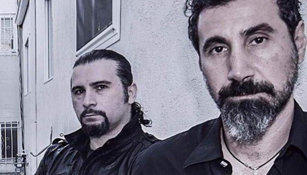 SYSTEM OF A DOWN's SERJ TANKIAN Admits It's 'Frustrating' To See JOHN DOLMAYAN Publicly Voicing His Support For DONALD TRUMP