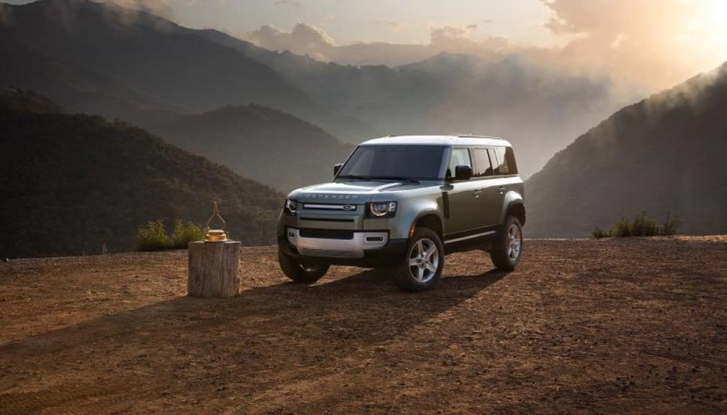 The Land Rover Defender Is the 2021 MotorTrend SUV of the Year