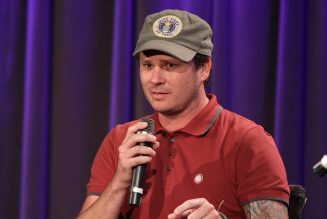 Tom DeLonge to Make Directorial Debut With Sci-Fi Film Monsters Of California