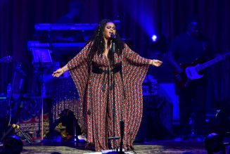 Whew Chile The Shade: Jill Scott Seemingly Responds To Jaguar Wright's Accusations