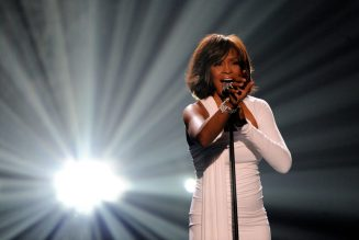 Whitney Houston Becomes the First Black Artist With Three Diamond Albums