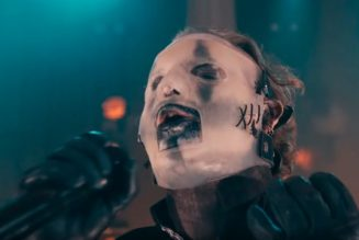 COREY TAYLOR Says SLIPKNOT Is 'Thinking About Putting Another Album Out' Next Year