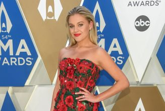 Kelsea Ballerini Delivers Intoxicating 'Hole in the Bottle' at the 2020 CMA Awards