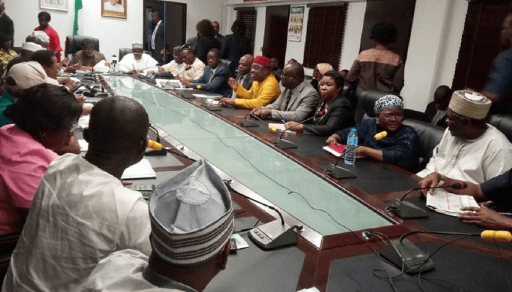 Strike: Nigerian government, university lecturers continue negotiations
