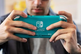 The Nintendo Switch still keeps selling well