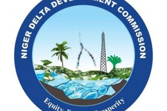 Ijaw youths block East-West road over NDDC