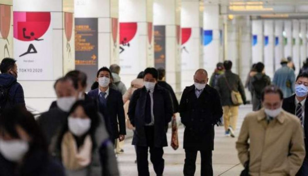 Japan to halt all new entries from abroad next week