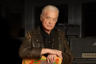 JIMMY PAGE Has Been Playing Guitar Every Day While In Lockdown