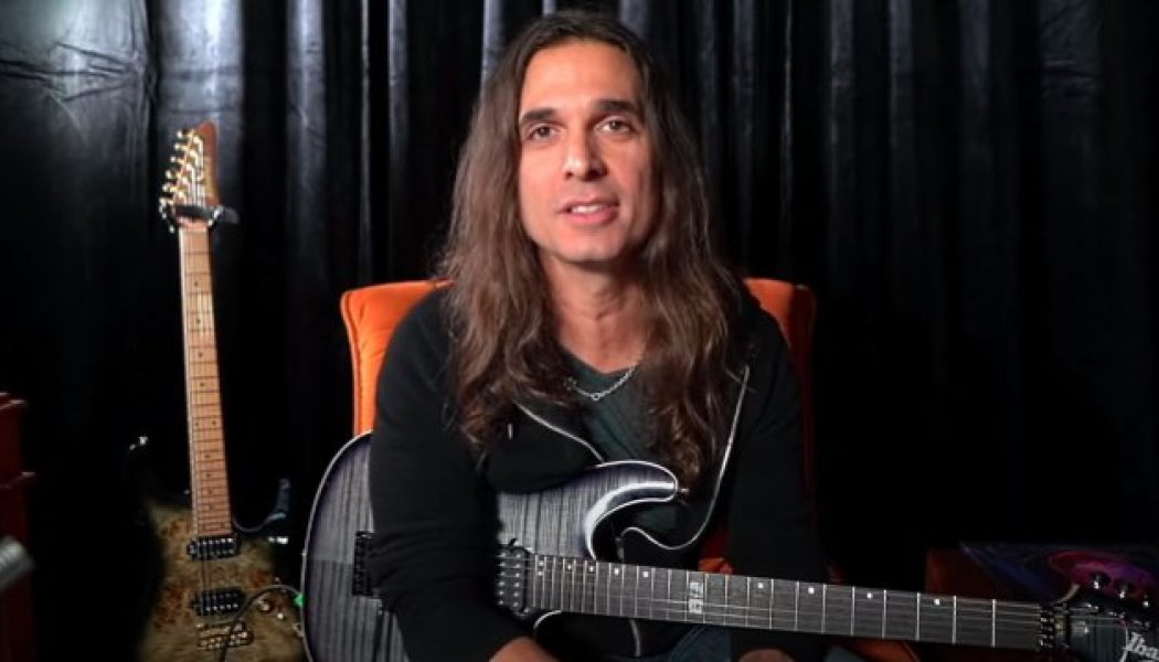 KIKO LOUREIRO Releases Final 2015 MEGADETH Audition Video: 'Symphony Of Destruction'