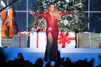 Mariah Carey's 'All I Want For Christmas Is You' Hits U.K. No. 1 For First Time