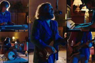"""My Morning Jacket Perform """"Climbing the Ladder"""" on Meyers: Watch"""
