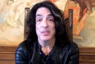 PAUL STANLEY On KISS's Final Tour: 'We Realize That We Can't Be Who We Are Forever'