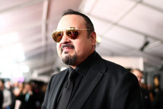 Pepe Aguilar's Livestream Tribute to Mother Flor Silvestre Leads Top Facebook Live Videos Chart