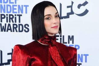 St. Vincent Flawlessly Covers The Beatles' 'Martha My Dear'