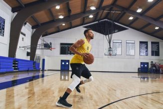 Under Armour's Curry 8 Boasts Next Level Technology—Nah, Forreal