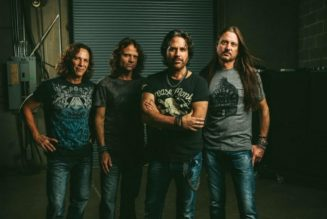 WINGER Has Written Seven Songs For 'Heavy', 'Catchy' And 'Progressive' New Album