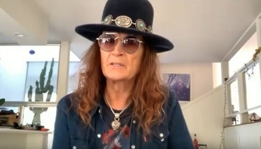 GLENN HUGHES Doesn't Rule Out Another Collaboration With TONY IOMMI
