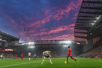 """Manchester United legend hails """"special"""" Anfield atmosphere ahead of Liverpool clash on Sunday"""