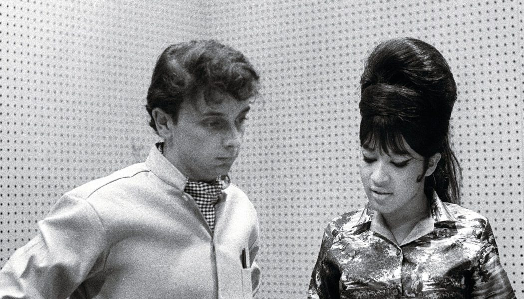 Ronnie Spector Issues Statement on Death of Abusive Ex-Husband Phil Spector