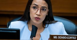 She Always Has Time: AOC Checks Bonehead Texas Senator Ted Cruz For Idiotic Paris Climate Agreement Tweet