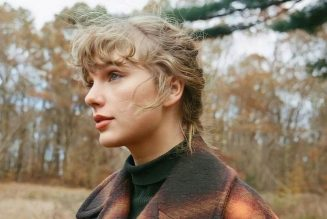 """Taylor Swift Releases evermore Deluxe Edition Bonus Tracks """"Right Where You Left Me"""" and """"It's Time to Go"""": Stream"""