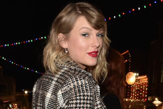 Taylor Swift's 'Evermore' Extends Reign Atop Australia's Albums Chart