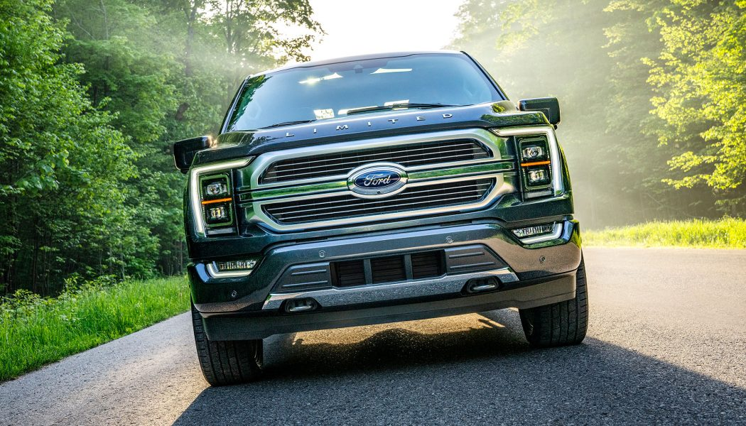 Ford Asks Texas Dealers to Loan Out F-150 Hybrids to Serve as Home Generators