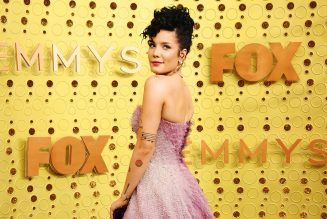 Halsey Says Pregnancy Has 'Leveled' Her Perception of Gender