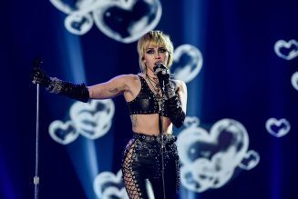 How to Watch Miley Cyrus' 'TikTok Tailgate' Super Bowl Pre-Show Concert