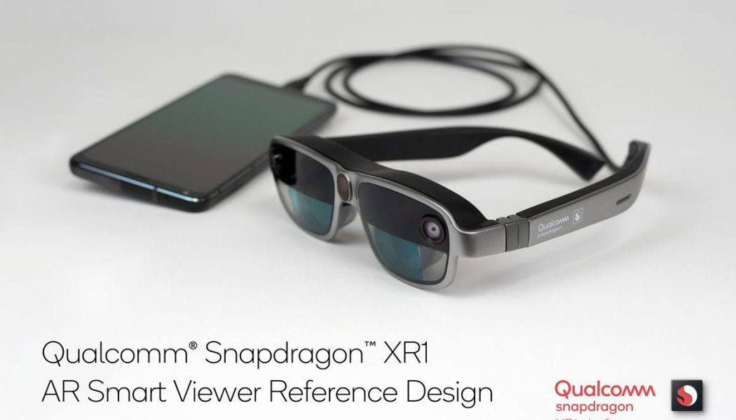 Qualcomm's new AR 'Smart Viewer' lets you pin virtual screens to your walls