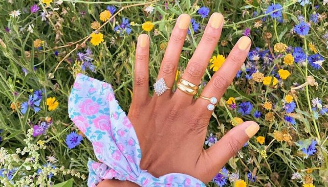 7 Pretty Nail Colours That'll Put You in Spring-Mode