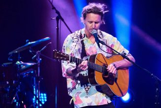 Ben Howard Leads Midweek U.K. Chart With 'Collections From The Whiteout'