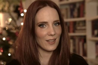 EPICA's SIMONE SIMONS Feels Like A 'Kitchen Slave' During Pandemic