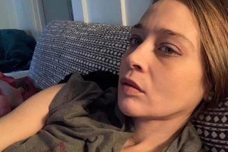 Fiona Apple Wins First Grammy Awards in 23 Years