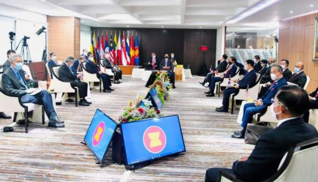 ASEAN changed Myanmar statement on release of political detainees – sources