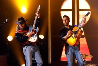 Brothers Osborne Close Out the 2021 ACM Awards With Electric Performance of 'Dead's Man Curve'