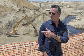 California Governor sees an end to oil extraction in the state