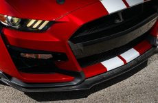Ford Performance Reveals Carbon Fiber Accessories for Mustang Shelby GT500