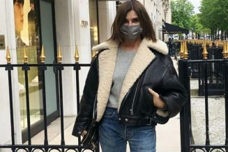 How to Wear Jeans According to This 66-Year-Old Former Vogue Editor