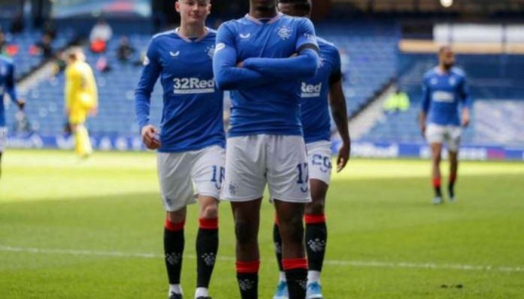 Joe Aribo scores in Rangers' home win vs Hibernian