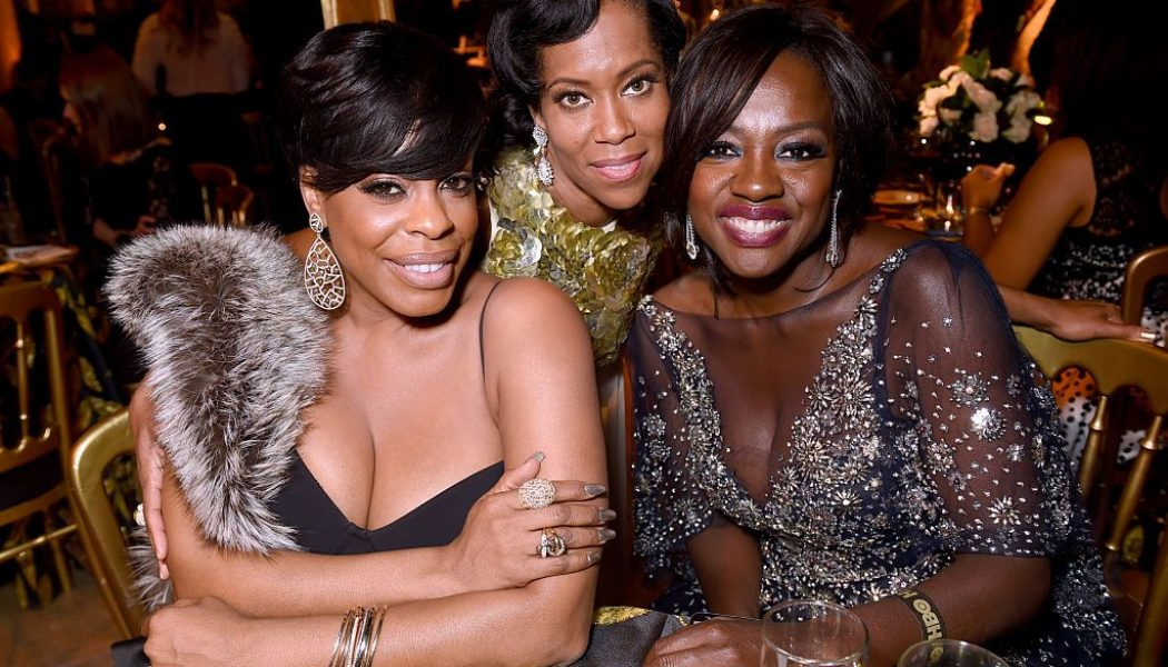 Regina King & Viola Davis Showcase Jaw Dropping Beauty In 'Entertainment Weekly' Oscars Issue