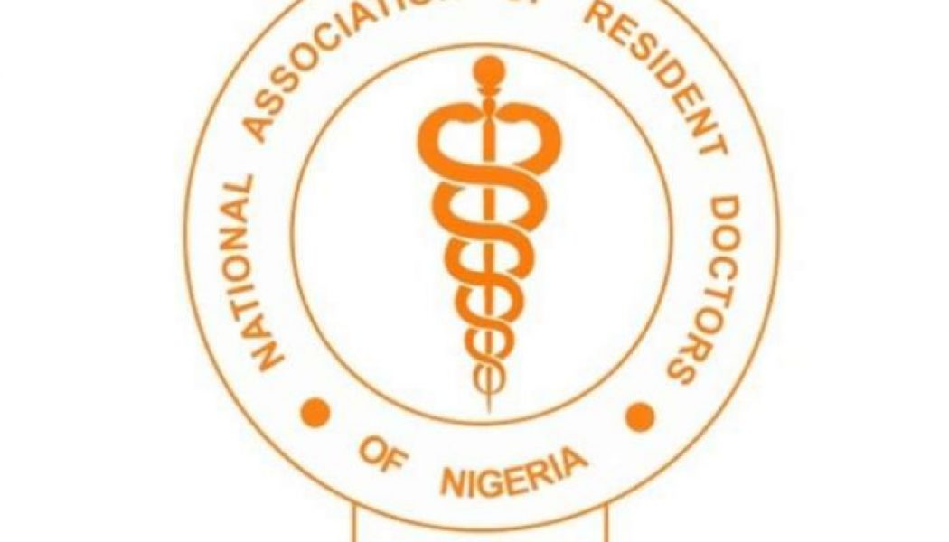 Resident doctors decry Nigerian government scrapping of officers, interns salary