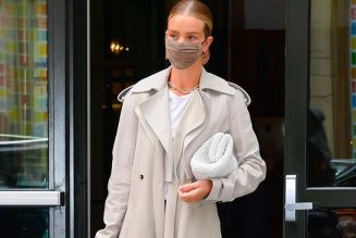 Rosie Huntington-Whiteley Just Wore the Perfect Legging-and-Sandal Combo